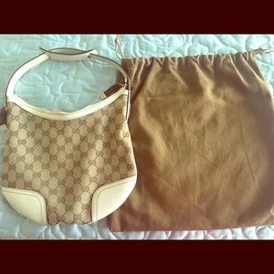 Gucci Logo Hobo, Cream with dust bag.